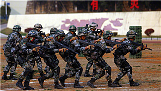 Chinese troops depart for anti-terror joint drill in Cambodia