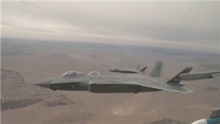 China's fighter jets hold 'perfect combination' training