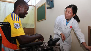 China military medical team treats more than 70 disaster-affected people in Sierra Leone